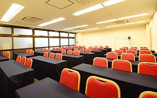 中会議室と小会議室の全7部屋