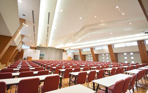 300名以上収容の大ホール他4部屋の会議室
