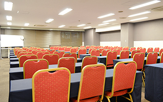 5フロア、7部屋の会議室