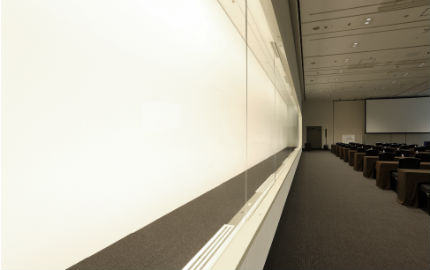 展示用ショーケース(高さ2.4m)