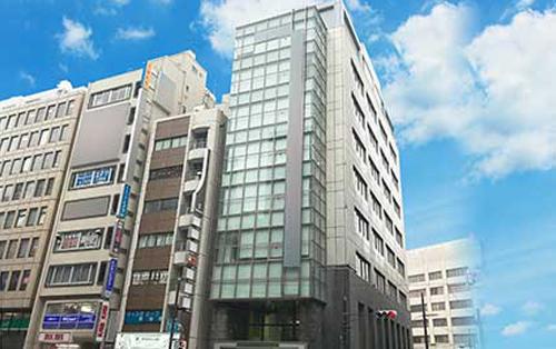 横浜駅西口よりアクセス良好!